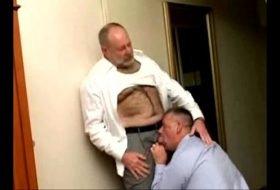 2 Daddies gay super tesão gozando juntos