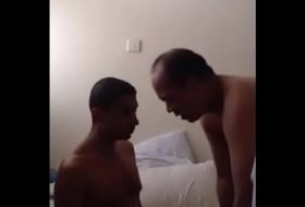 Melhores vídeos gay com homens maduro