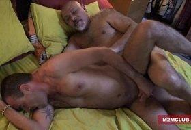 Vídeos de sexo gostoso gay grátis em HD