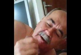 Maduro fazendo sexo gostoso com coroa