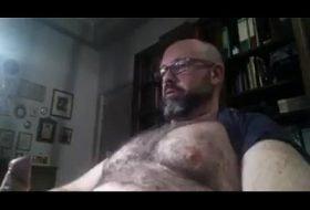 Maduro masturbando-se enfrente ao webcam